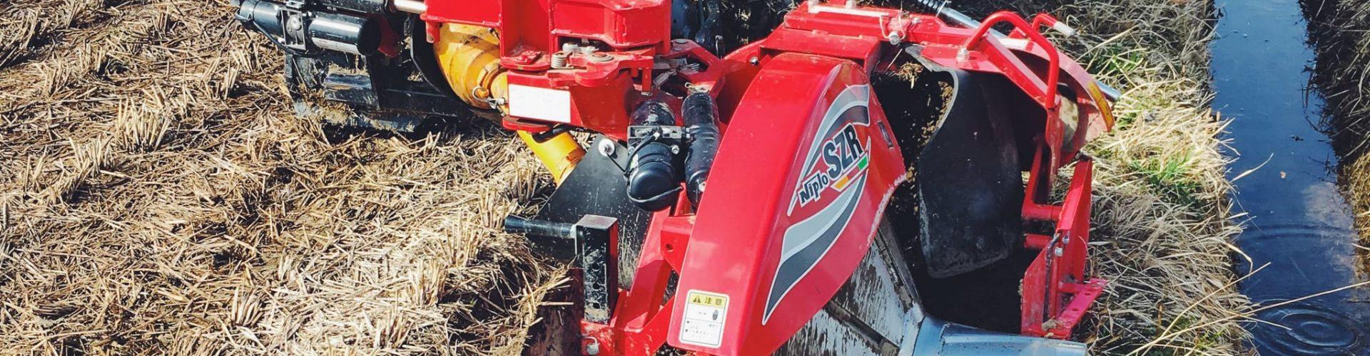 畦塗りトラクター